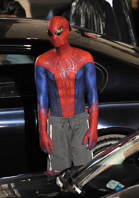spiderman traje andrew garfield 3 - Andrew Garfield vestido de Spiderman