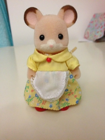 Sylvanian Families Fielding Mouse Family Mother