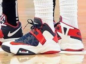 timeline 120709 shoe soldier6 usa 2011 12 Timeline