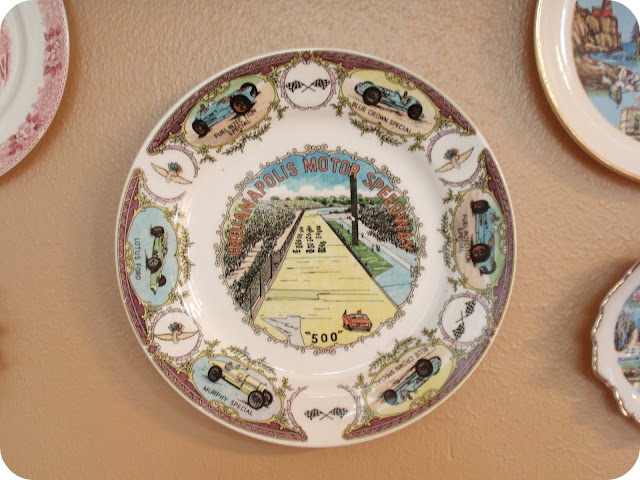 indianapolis motor speedway vintage souvenir plate