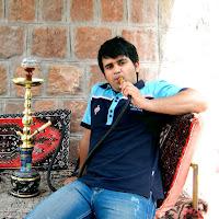 Reza Mirzaei's avatar