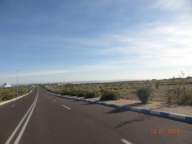Marrocos e Mauritãnia a Queimar Pneu e Gasolina - Página 2 DSC05496