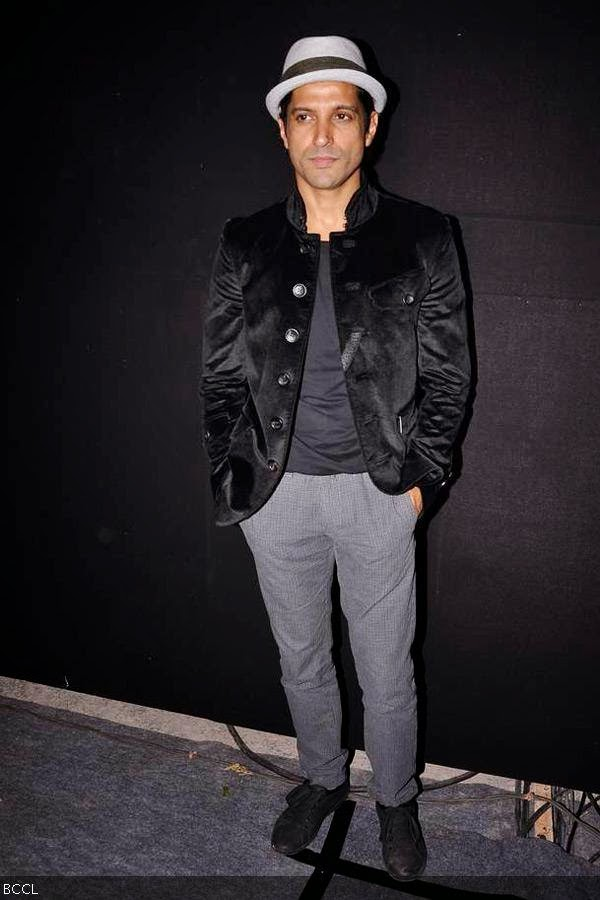 Farhan Akhtar poses for the cameras during Rolling Stone awards, held in Mumbai. (Pic: Viral Bhayani)