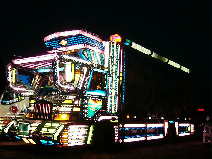 Off Road Dump Truck >> Dark Roasted Blend: Electric Light Truck Decoration in Japan
