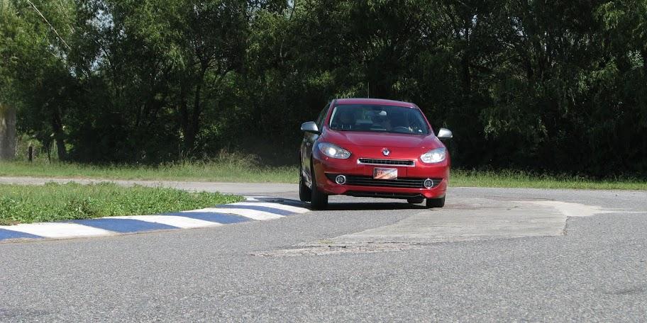 Renault%2520Fluence%2520GT%252812-03-2013%2529_2697.JPG