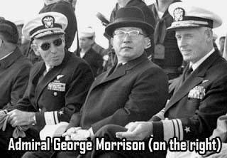 Адмирал Джордж Моррисон (справа)