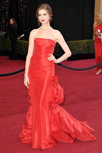 Anne Hathaway Oscars 2011. Oscars 2011: FAIL! Anne