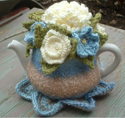۩ زييني ابريق الشاي بالتريكو و الكروشي۩ Delightful%252520knits1