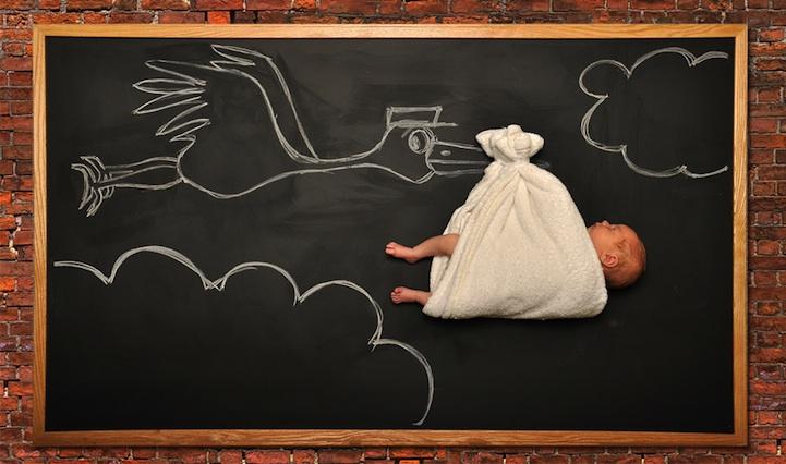 *嬰兒的奇幻黑板冒險:趁熟睡中惡搞一番! 6