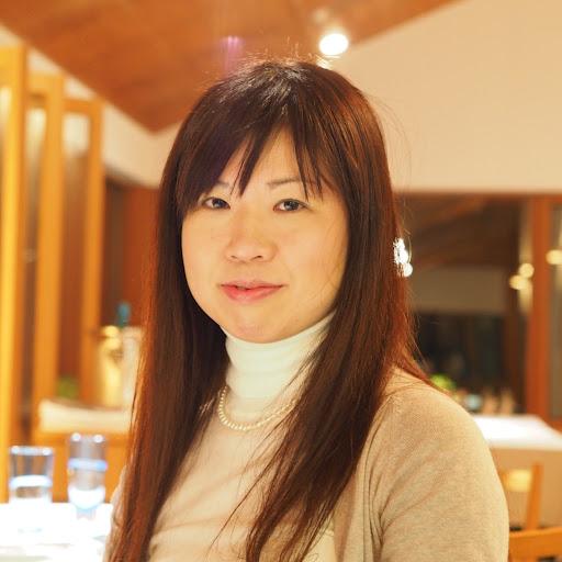Mayumi Fujinoさん