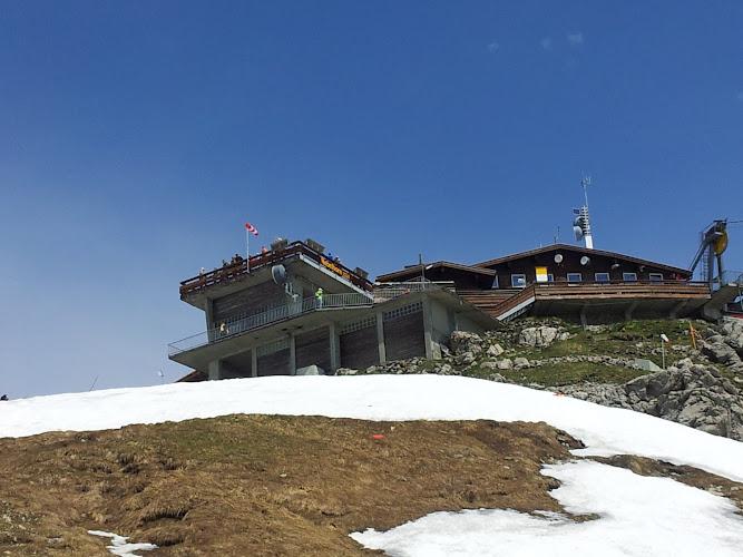 Bild von der Gipfelstation des Nebelhorns von wenigen Metern unterhalb