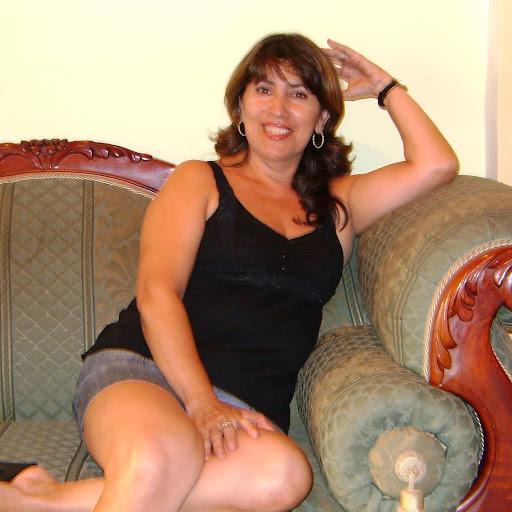 Elizabeth Aristizabal