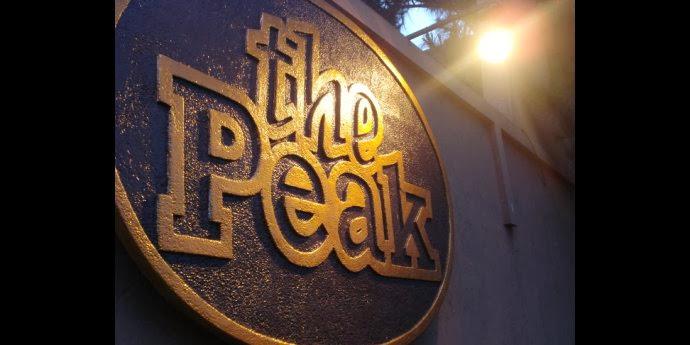 the peak resort dining