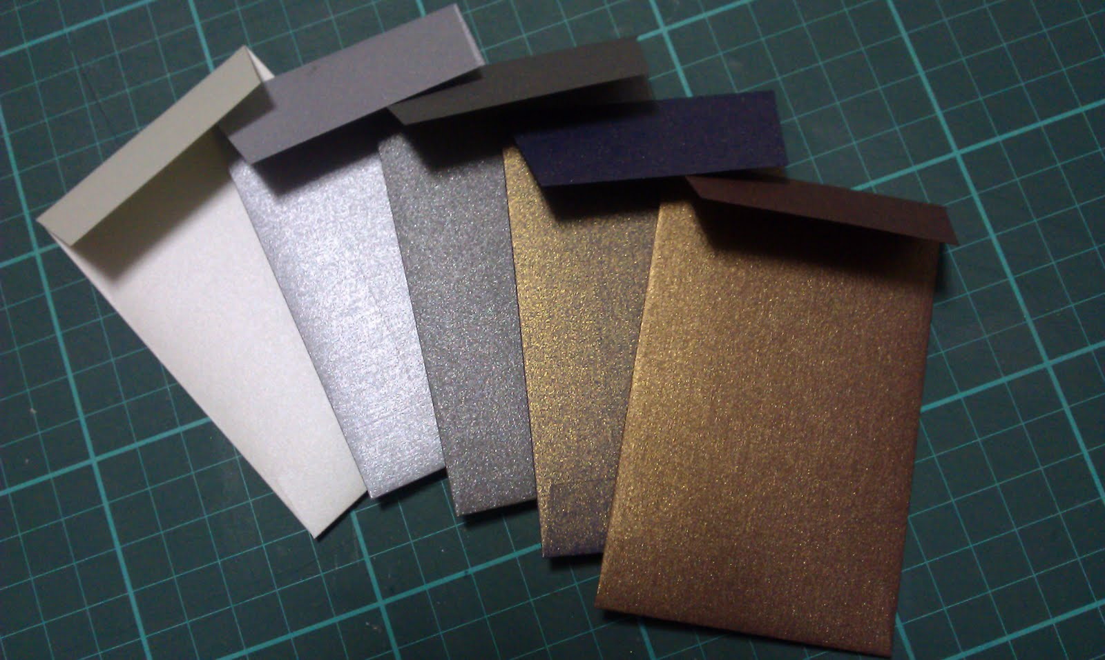 Scrapbook paper envelope - Do You Have A Preferred Envelope Template You Use Did You Purchase Your Template Or Is It One You Made Altered Yourself