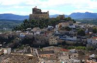 Vistas del Alcazar y Santuario de la Santisima y Vera Cruz
