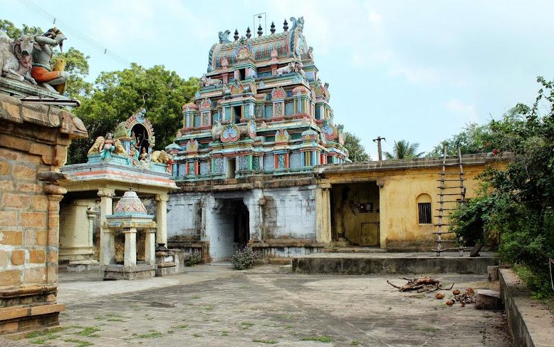 Sri Kalyana Sundarar Temple, Thiruvelvikkudi, Mayiladuthurai - 275 Shiva Temples