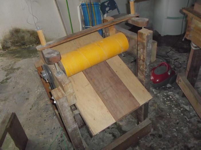 Construção inspirada Les Paul Custom, meu 1º projeto com braço colado (finalizado e com áudio) DSCF0429