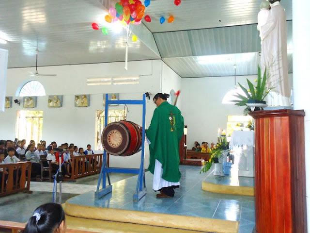 Giáo Xứ Hòa Thanh Khai Giảng Năm Học Giáo Lý 2013-2014