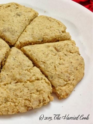 ve been seeing copycat recipes for Starbucks' Maple Oat Pecan scones ...
