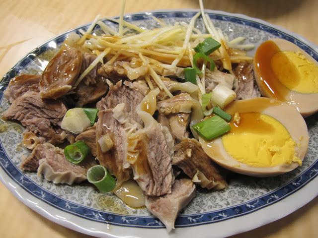 滷蛋+隔間肉 NT 45元-世紀小吃店