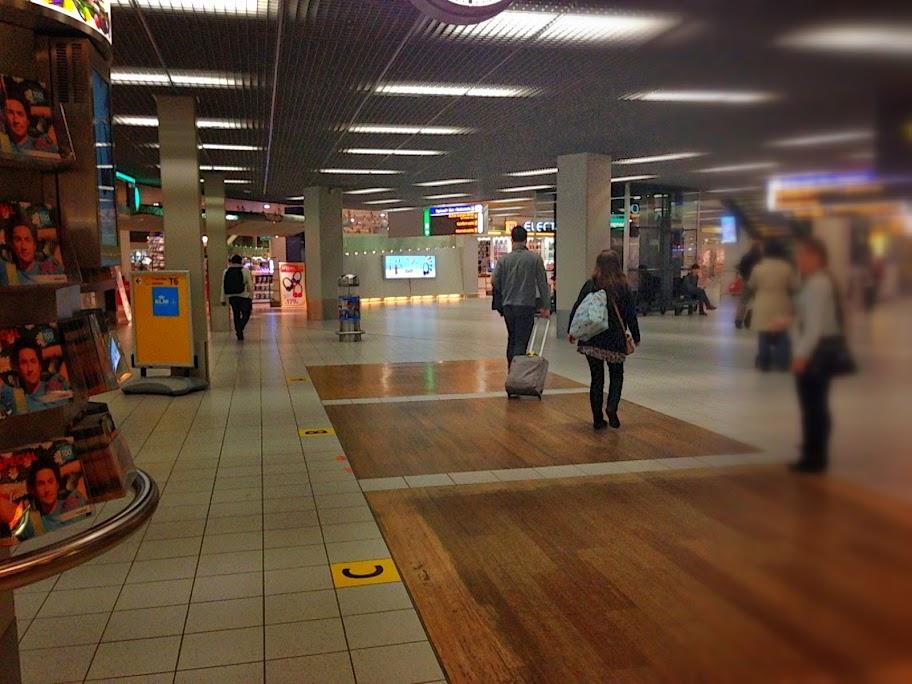 オランダ スキポール空港