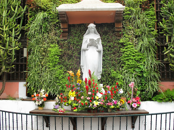 Một số hình ảnh về Thánh Rôsa de Lima