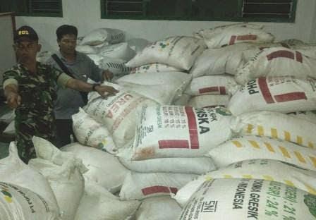 Berita dan Foto Ngawi hari ini terkait TNI sita Pupuk Bersubsidi ilegal