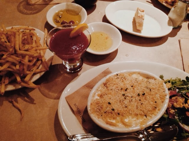 Crab-Mac and Cheese, Fries, Amelia Cocktail, Bistro N, Houston Galleria, Nordstrom, Nordstrom Restaurant