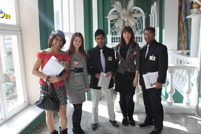 Команда пресс-центра конференции с делегацией из Шри-Ланки