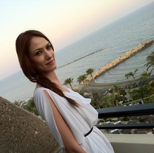 Ioanna Ioannou Photo 12