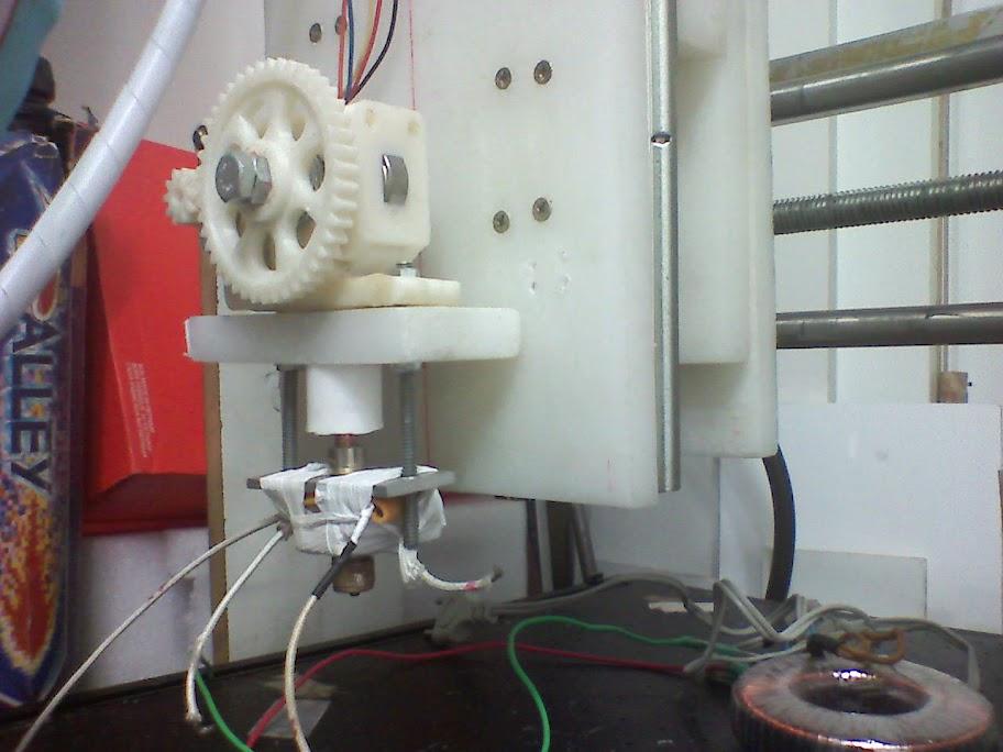 Extruder montado na CNC do Roberto