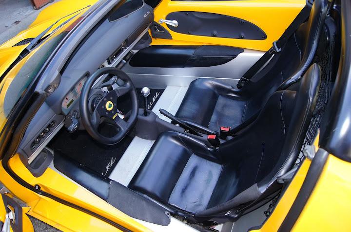 Intérieur avant Lotus Elise MMC