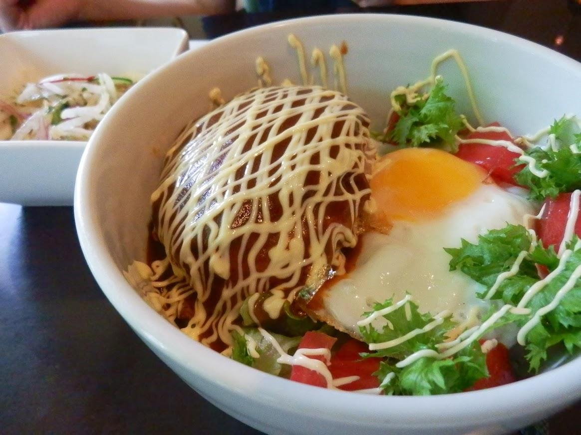 ロコモコ(ハンバーグ丼)