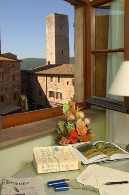 Hotel Leon Bianco, Piazza Cisterna, 13, San Gimignano SI, Italy