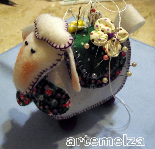 artemelza - carneirinho amolador de alfinetes