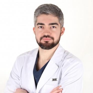 Новосельцев Дмитрий Николаевич - Стоматолог-Хирург