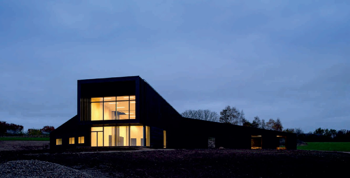 Hindsgavl Alle, 5500 Middelfart, Danimarca: Activity And Outdoor Centre by Aart