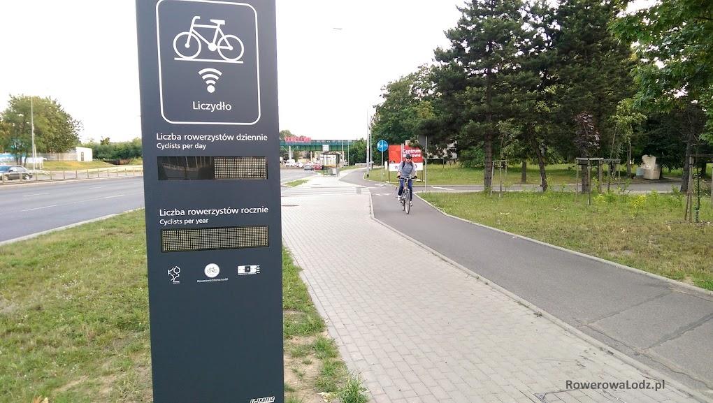 Liczydła stoją blisko DDR, dzięki czemu będzie można z roweru zobaczyć aktualny wynik