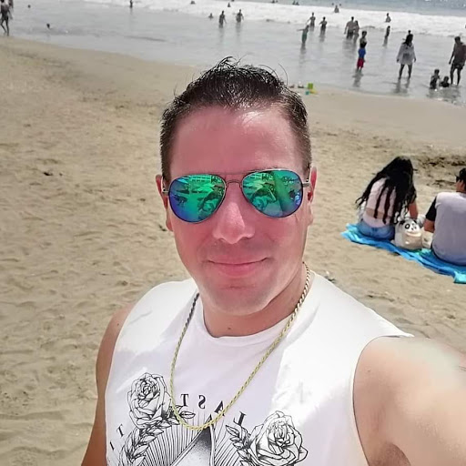 Carlos Jordan Photo 30