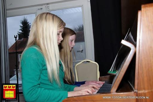 Open Podium Fanfare Vriendenkring 06-04-20113 (12).JPG