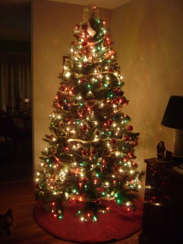 6.5 Ft Green Pine Pre-lit Clear Lights Christmas Tree Only W/ Stand