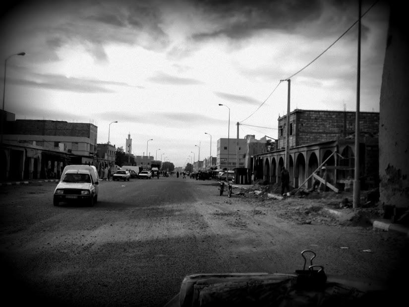 Marrocos e Mauritãnia a Queimar Pneu e Gasolina - Página 12 DSCF1425