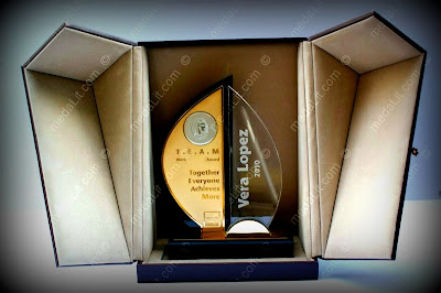 Tr.508A or B. Fluent. Luxury Trophy Award by Absi co.