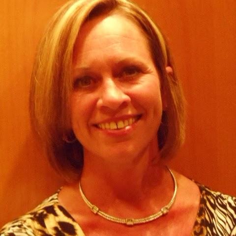 Deborah Lange Photo 17