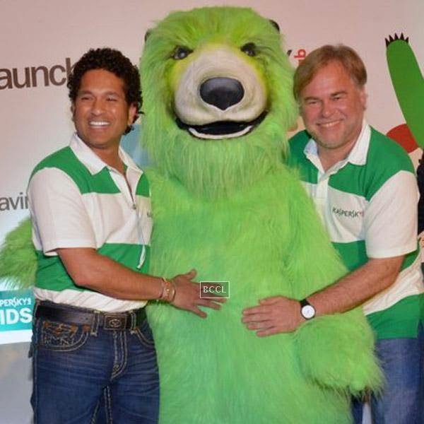 Sachin Tendulkar and Eugene Kaspersky during Kaspersky Kids awareness programme, held at Ryan International School, on July 23, 2014. (Pic: Viral Bhayani)
