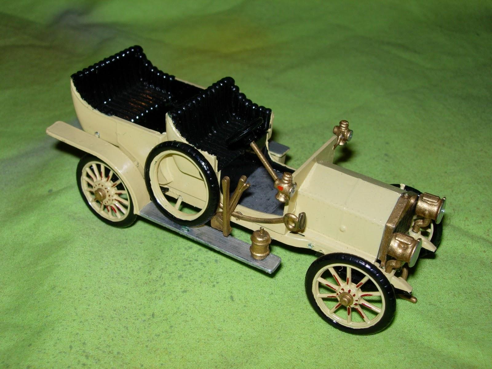 megablitz and more motor cars for funny little wars. Black Bedroom Furniture Sets. Home Design Ideas
