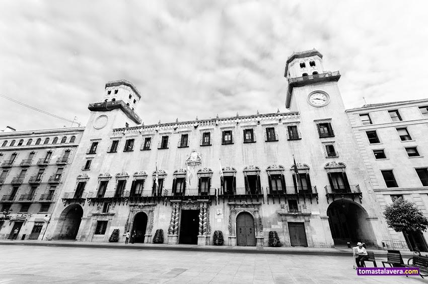 Nikon D5100, 10-20 mm, Blanco y negro, Ayuntamientos, Plaza del Ayuntamiento, Alicante, Edificios y Monumentos,