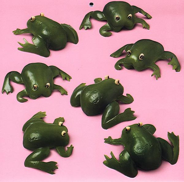 Food Art - Capsicum Frogs