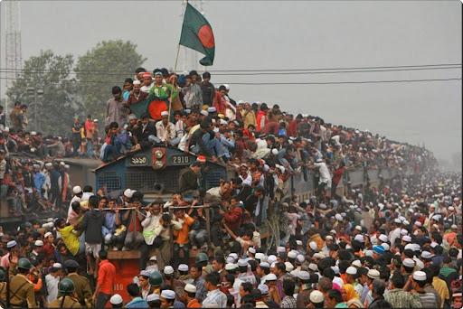 Busiest. Train. Ever..jpg