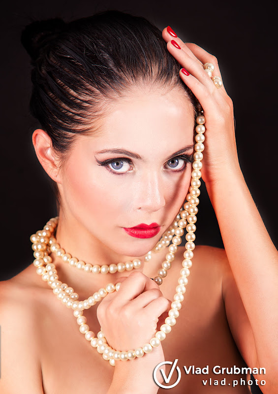 Beauty With Pearls - Photography by Vlad Grubman, Zealusmedia.com